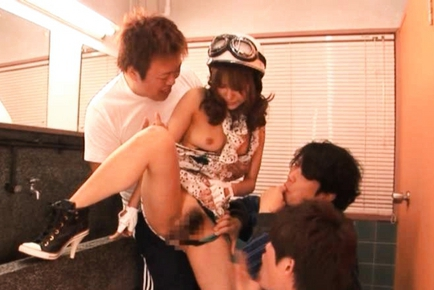 Mihiro Sweet Asian girl has crazy sex
