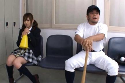 Miku Airi studentessa Carina succhia ragazzo'  cazzo :: JCosPlay.com