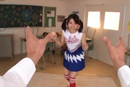 Sexy cheerleader Ran Usagi with side bangs finds a big cock to suck